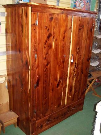 Byler S Amish Arts Amp Crafts Cedar Wardrobe Page